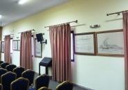 Το εσωτερικό της αίθουσας που φιλοξένησε τους πίνακες